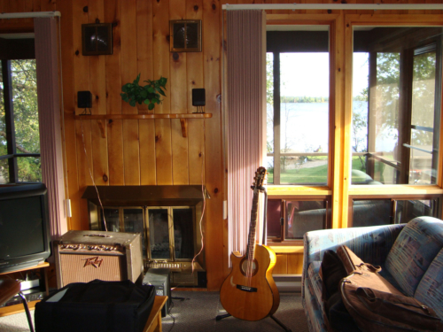 Song writing getaway, Lac Du Bonne